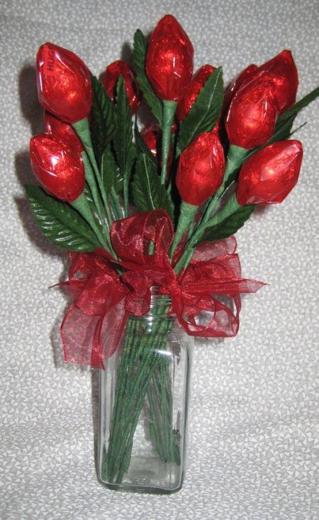 Hershey Kiss Rose Favor Idea