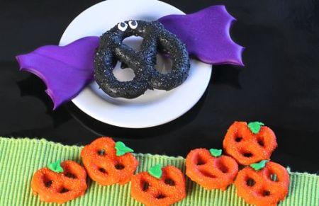 Chocolate Covered Pretzel Halloween Snacks