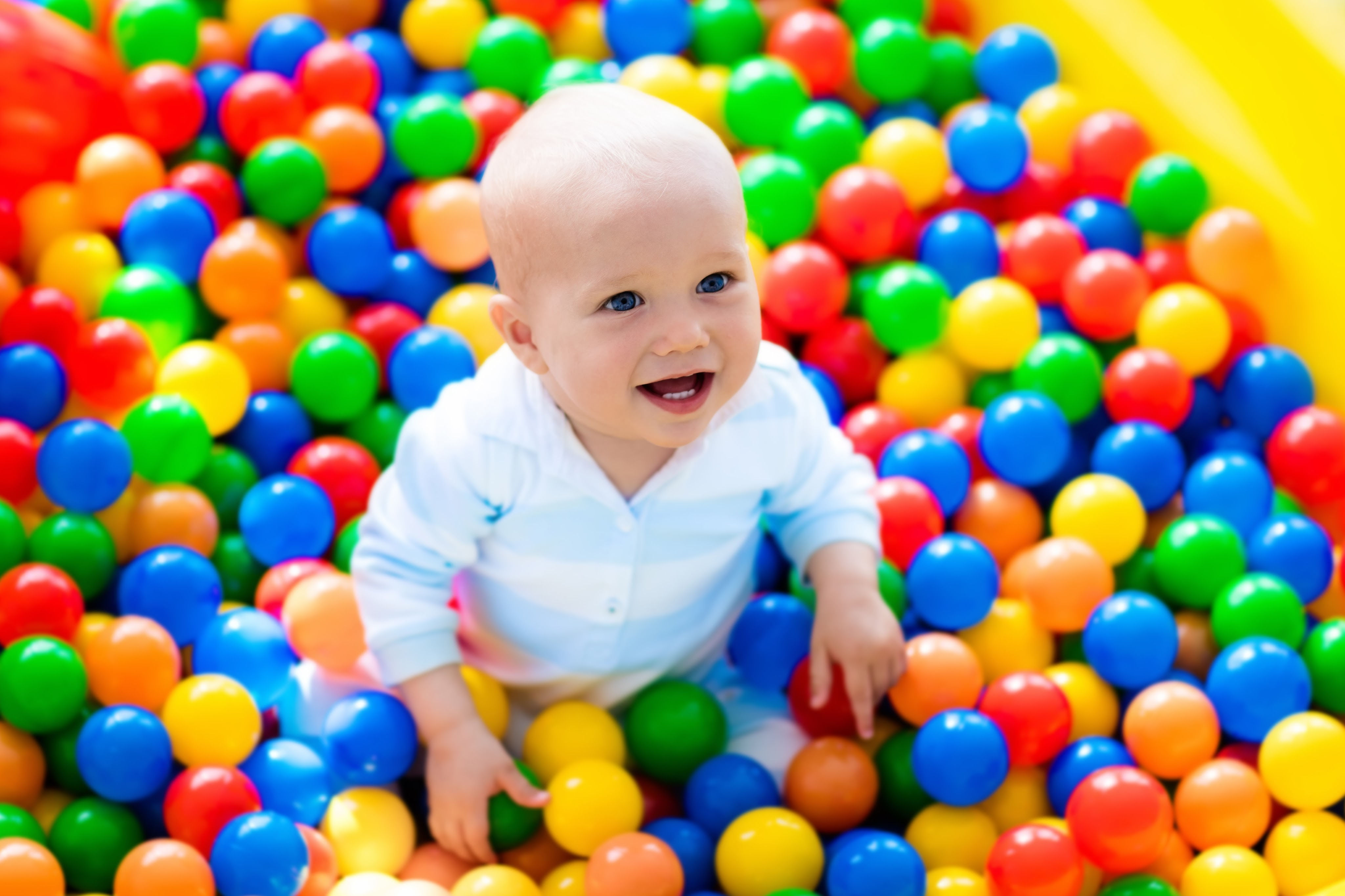 ball-pit-for-1-year-birthday-party