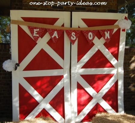 Barnyard birthday party for Farm door ideas