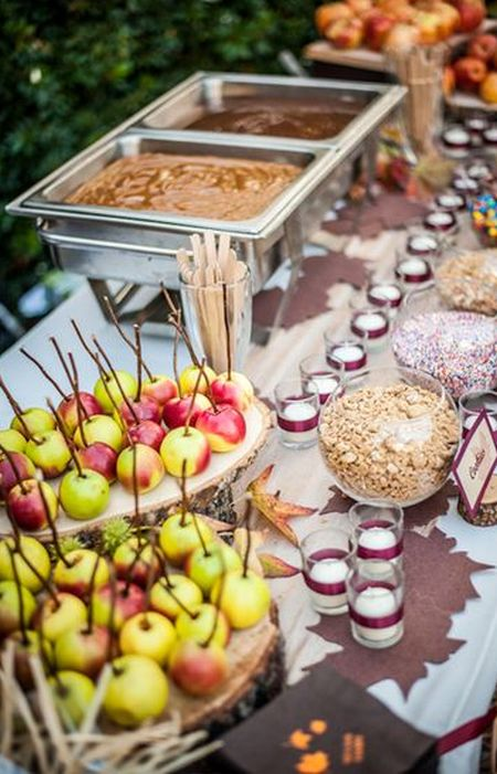 Candy Apple Wedding Favor Station