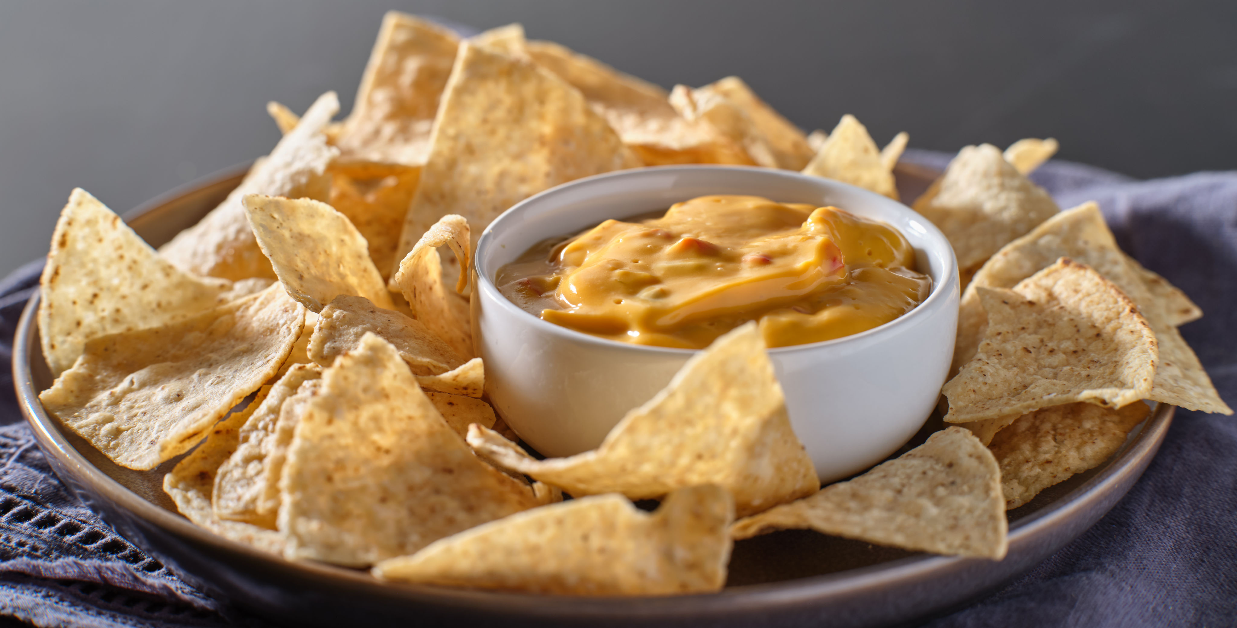 cheese-dip-with-velveeta