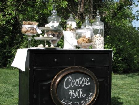 Outdoor Cookie Bar Wedding Favor Display