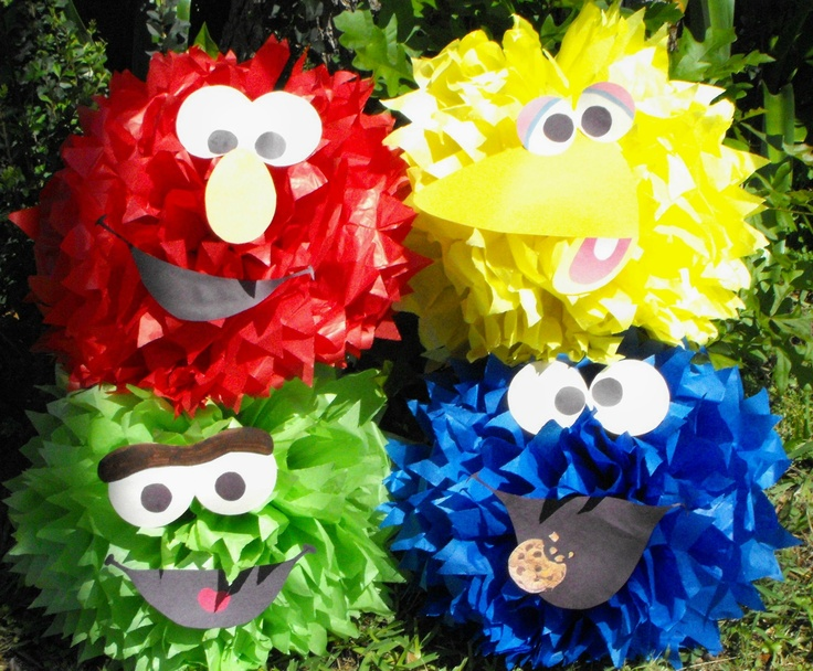 Elmo Birthday Party Ideas Pompom Decoration