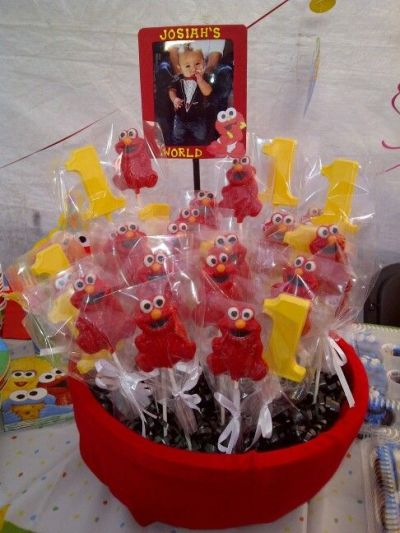 Elmo Birthday Party Favor Display