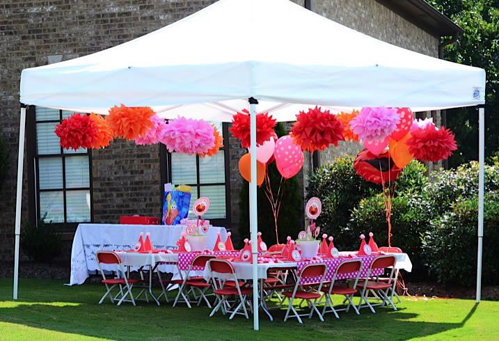 Elmo birthday party ideas for Outdoor party tent decorating ideas