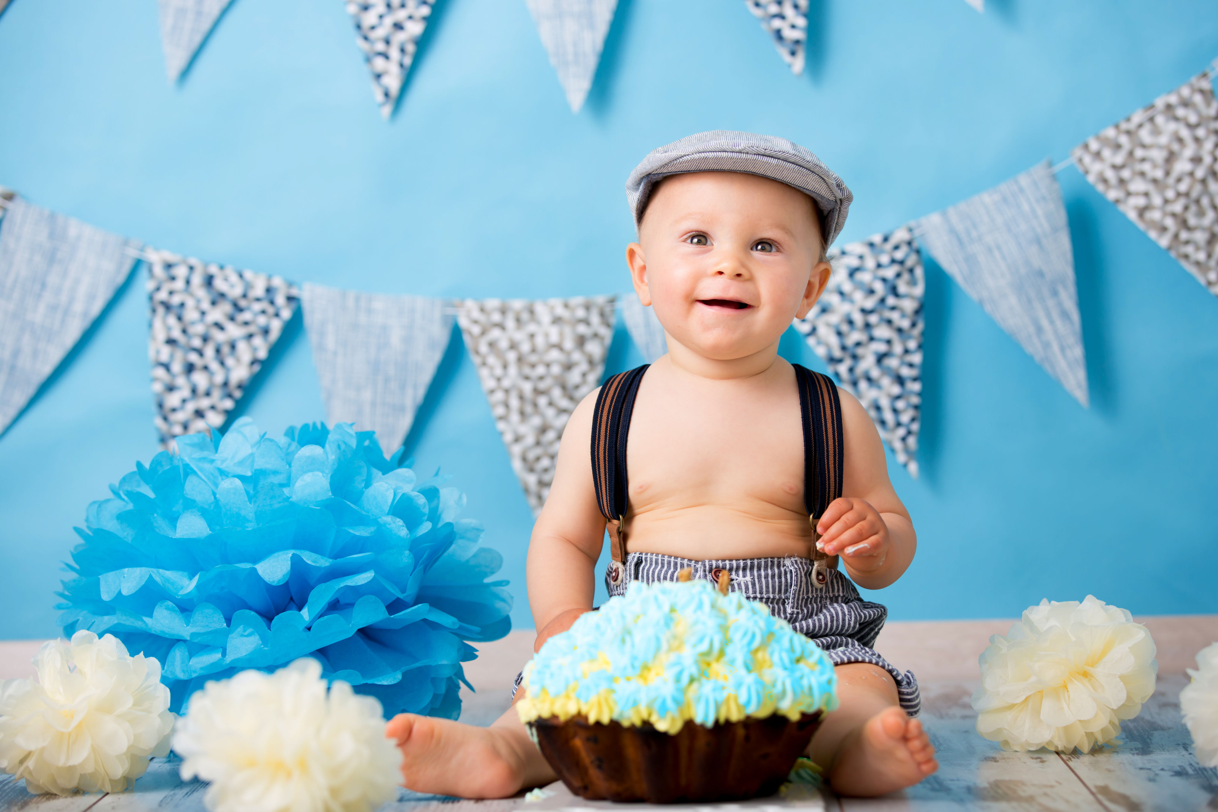 vintage-first-birthday-outfit