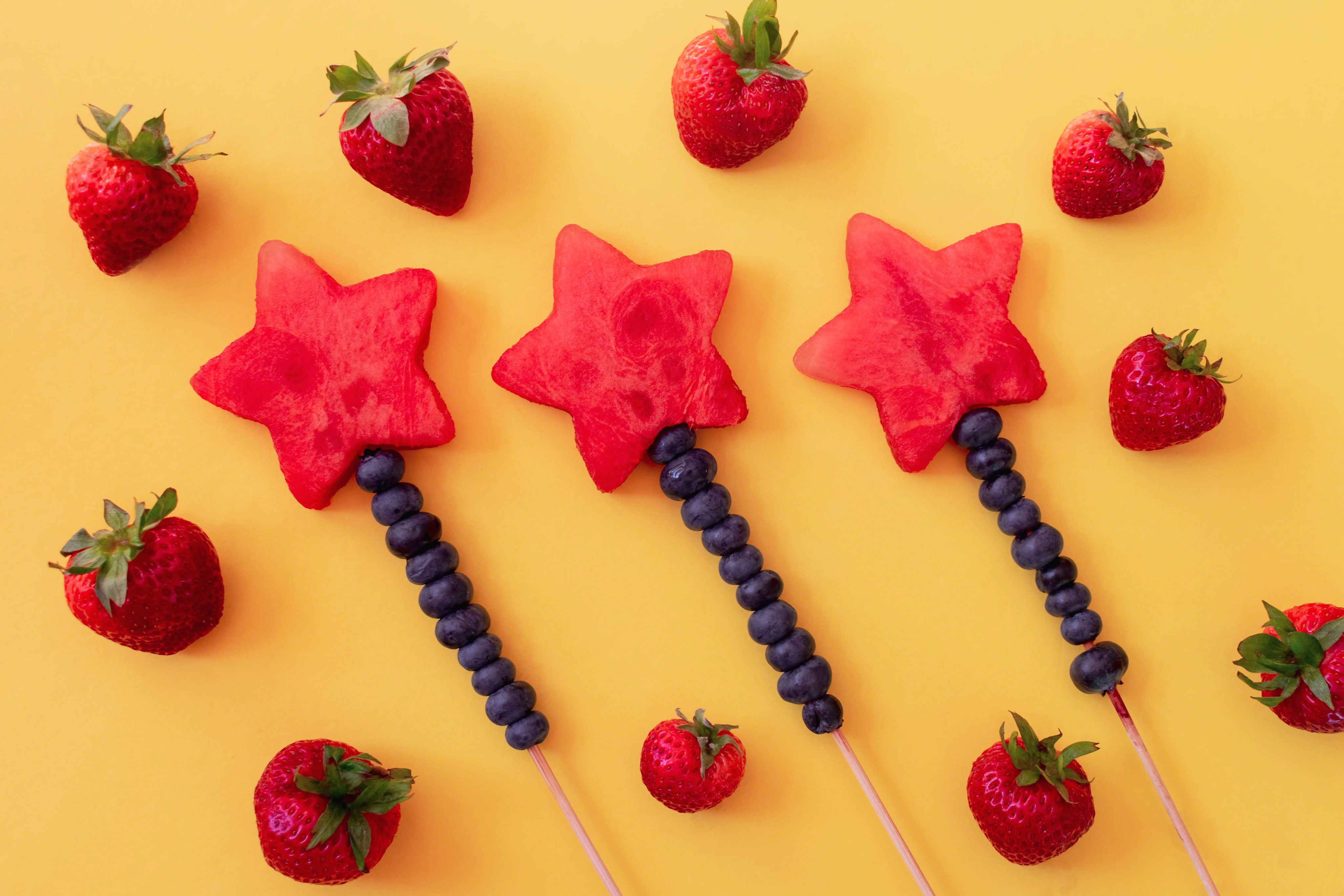 happy-birthday-with-fruit