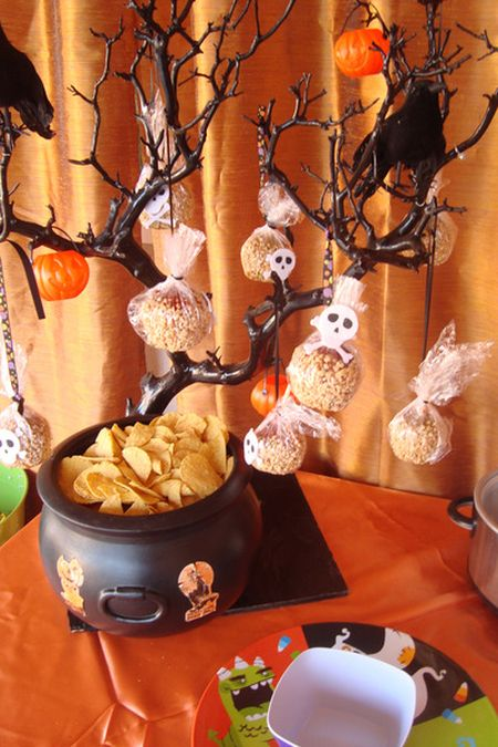 Halloween Treats For Kids Tree
