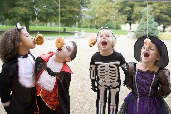 Doughnut Bobbing Halloween Kids Games