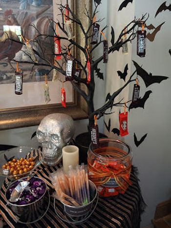 Candy Tree Halloween Decorating Idea