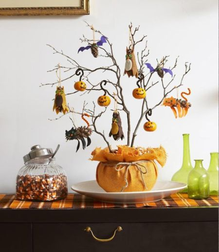 Decorative Halloween Tree