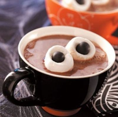 halloween-hot-cocoa-bar