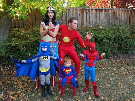 Halloween Super Family
