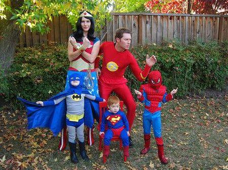 Halloween Super Family