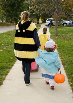 Stay On The Sidewalk Halloween Safety Tip