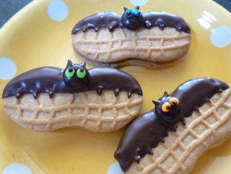 Halloween Nutter Butter Bats