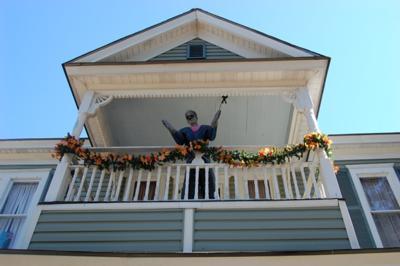 Horror House Halloween Yard Decorations