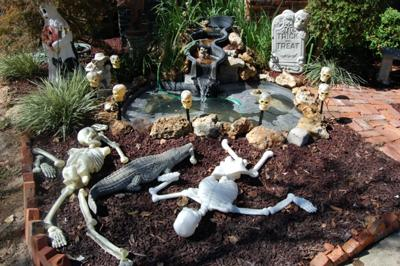Halloween Decorations Ideas Yard Halloween yard decorations graveyard halloween yard decorations workwithnaturefo