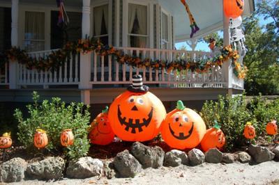 Happy Pumpkin Halloween Yard Decorations