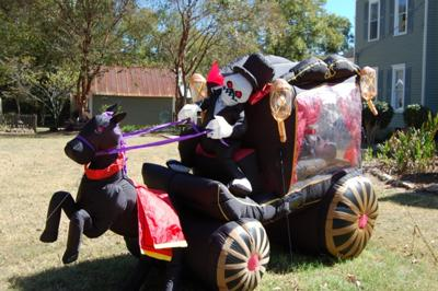 Inflatable Stagecoach Halloween Yard Decoration
