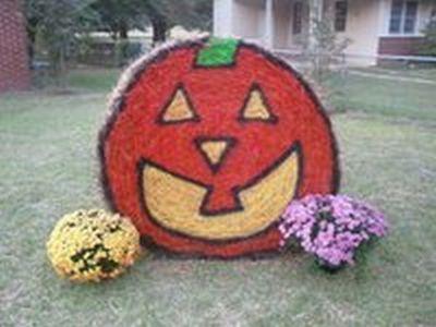 Hay bale Halloween Yard Decoration
