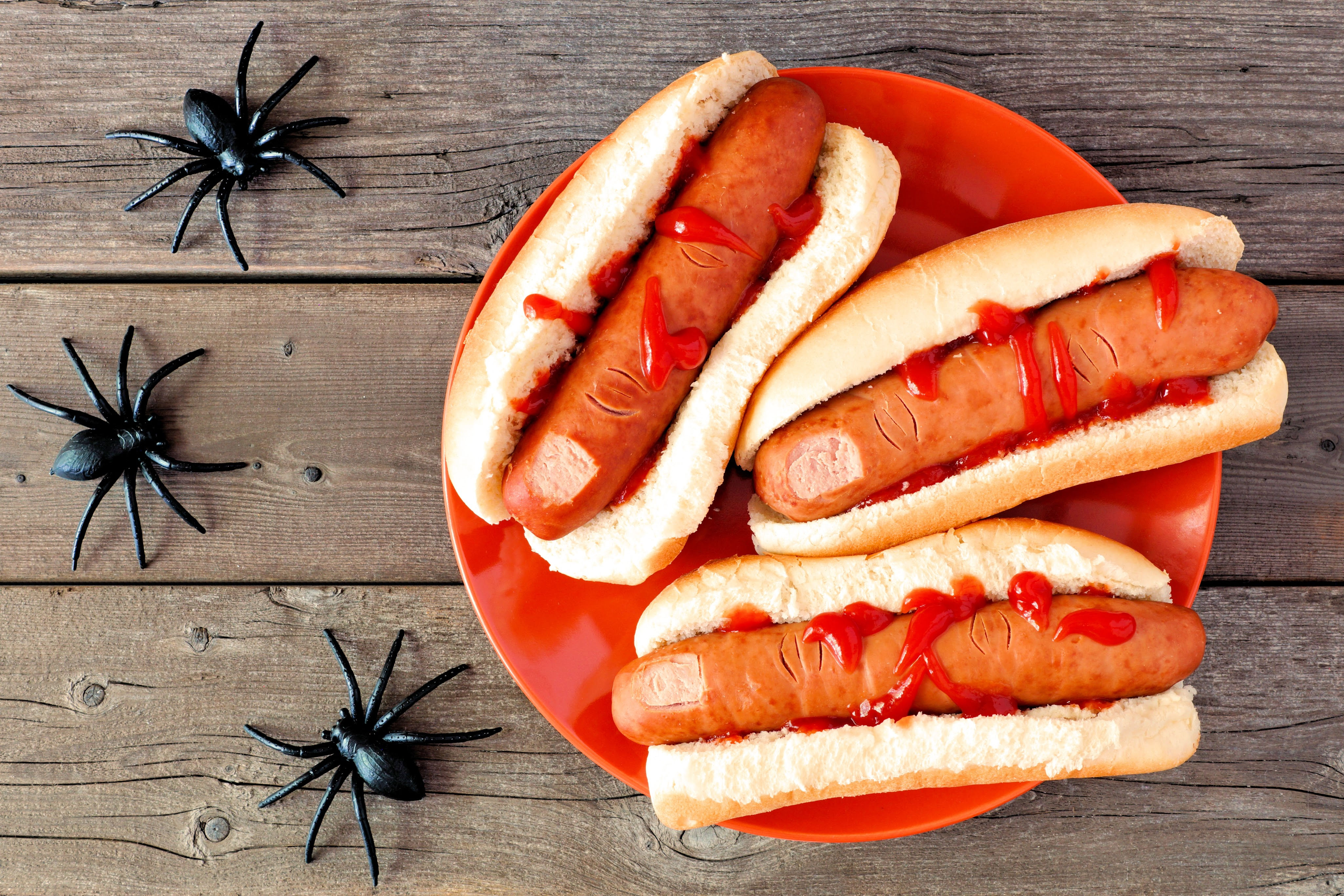 halloween-hot-dog-fingers