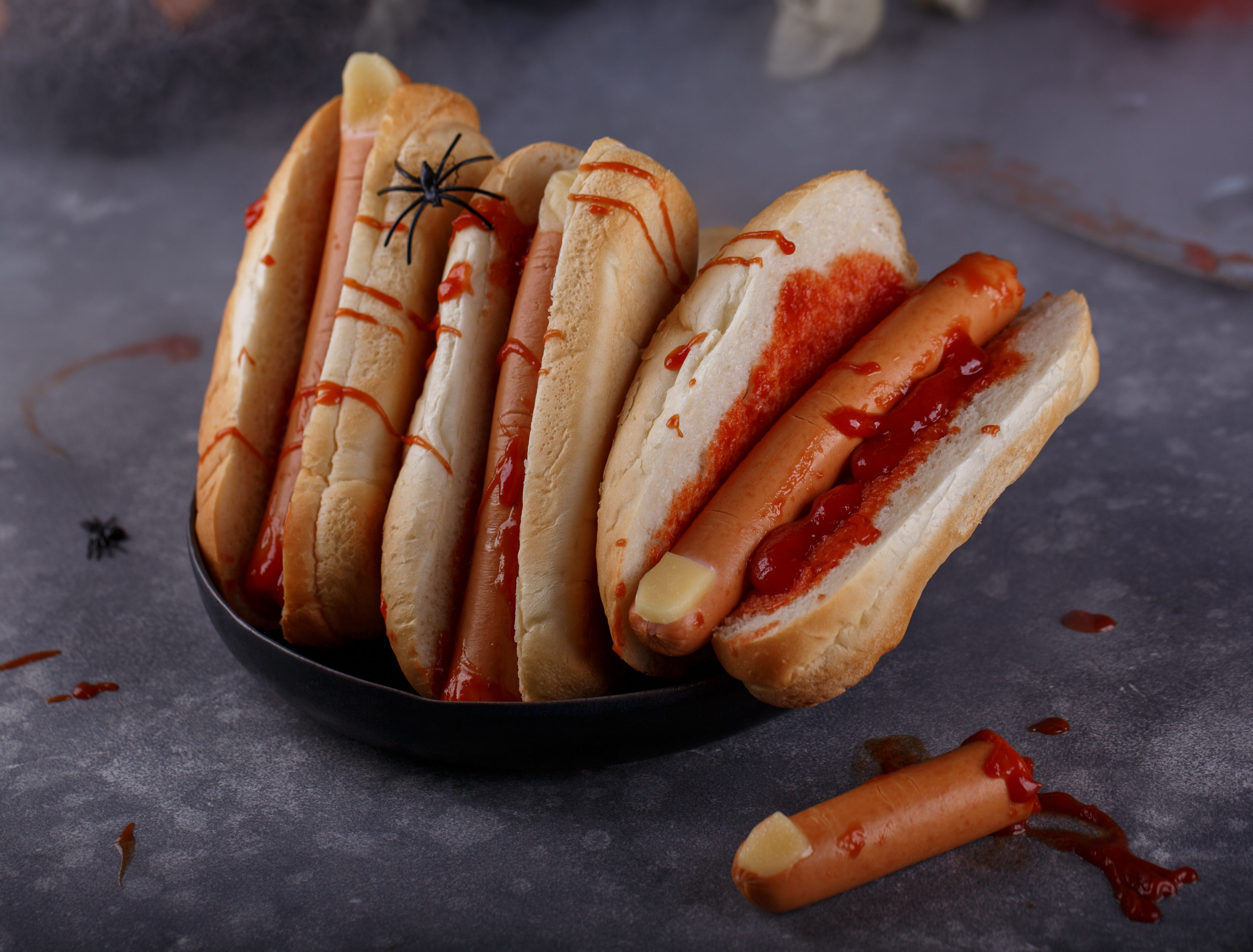 hot-dog-fingers-for-halloween