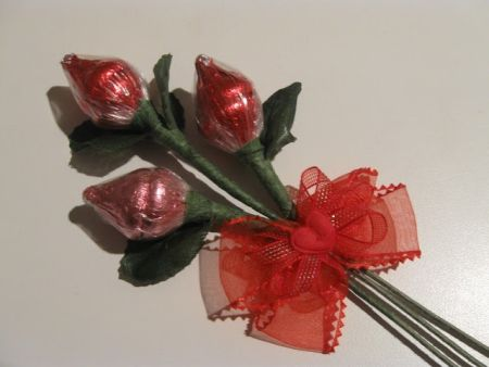 Hershey Kiss Rose Favor Bouquet