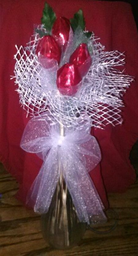 Hershey Kiss Rose Favor Arrangement