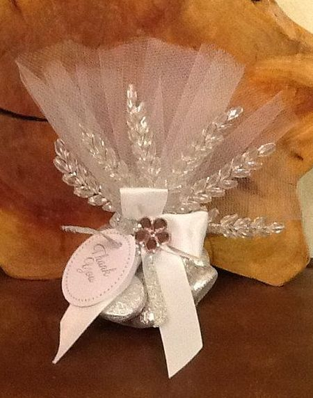 Tulle Wrapped Hershey Kiss Wedding Favors
