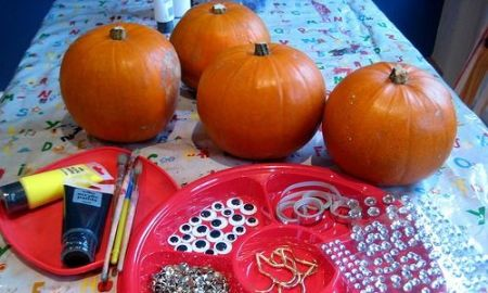 Halloween Pumpkin Decorating
