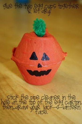 Halloween Egg Carton Pumpkin