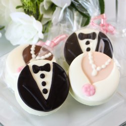 Bride And Groom Oreo Cookie Favors