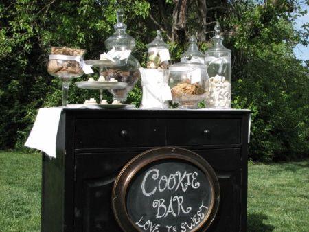 Outdoor Cookie Bar Wedding Favor Display