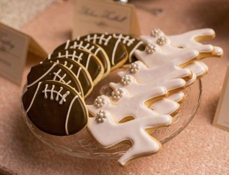 Personalized Decorated Wedding Cookie Favors