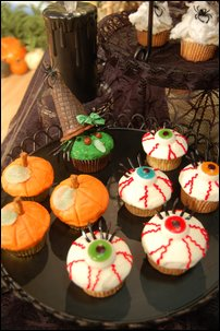 A Variety Of Halloween Cupcake Ideas