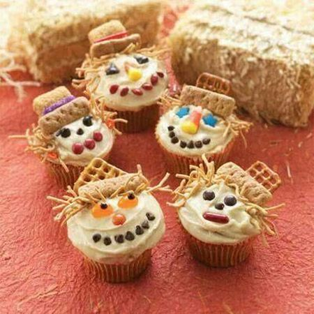 Scarecrow Halloween Cupcake Ideas
