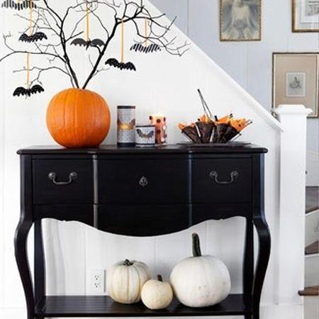 Batty Halloween Tree Decoration