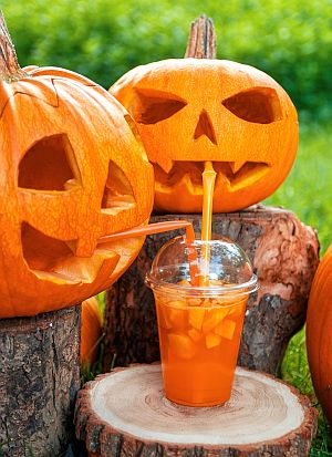 halloween-themed-drink