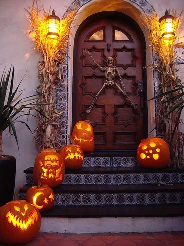 Welcome Home Pumpkin Scene