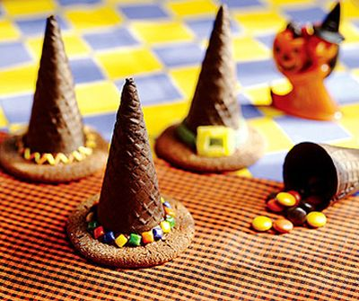 Witch Hat Halloween Snacks