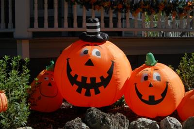 Inflatable Jack-O-Lantern Halloween Yard Decorations