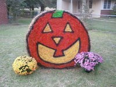 Hay bale Halloween Yard Decoration