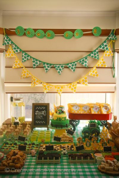 John Deere Birthday Party Tabletop