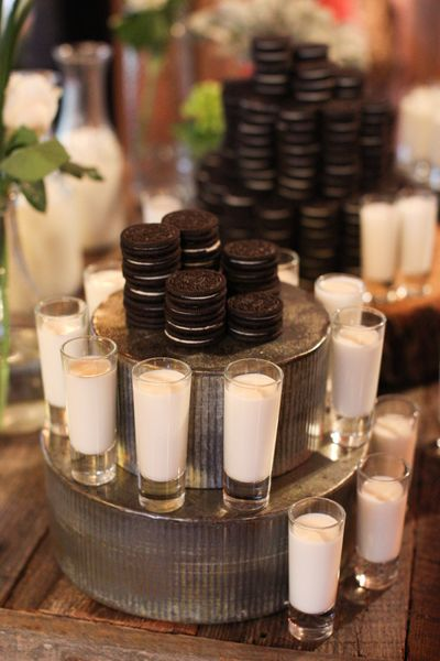 Rustic Themed Oreo Cookie Favors