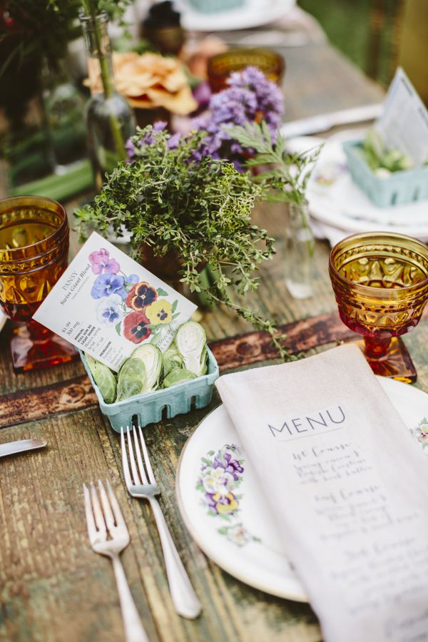 Seed Packet Wedding Favor Tablescape