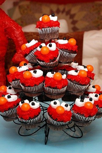 DIY Elmo Cupcakes Idea